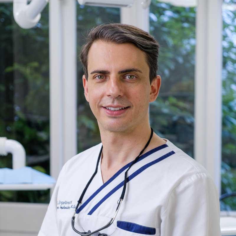 Implantoloog Pepler Engelbrecht