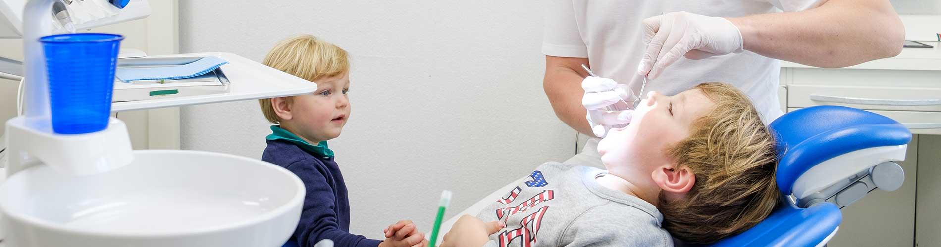 Onze tandartsen behandelen ook kinderen