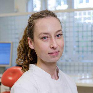 Mondhygiënist Suzanne de Jong